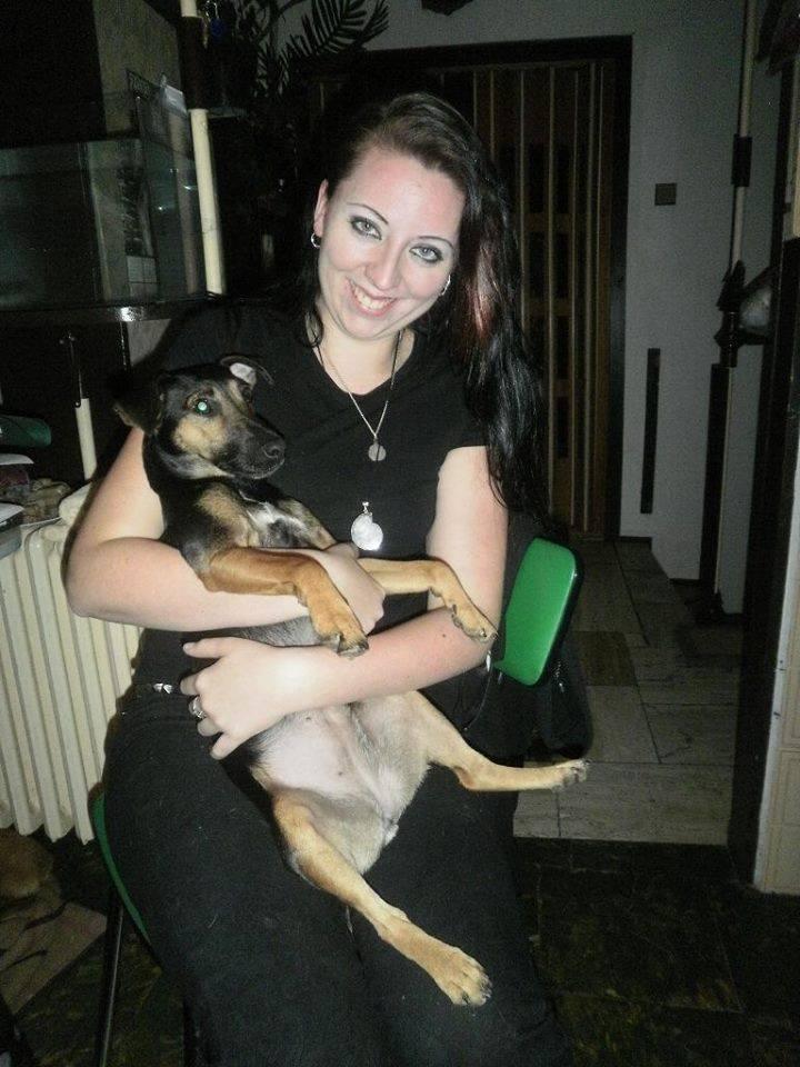 Lucia s fenkou Twinky, ktorá bola zachránená a adoptovala si ju Magda